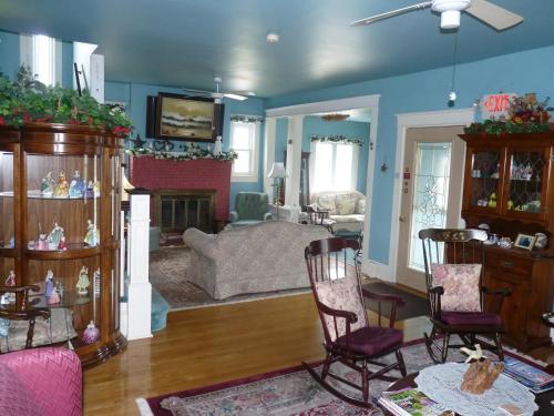 The Bentley Inn Bed And Breakfast - Bay Head, NJ 08742