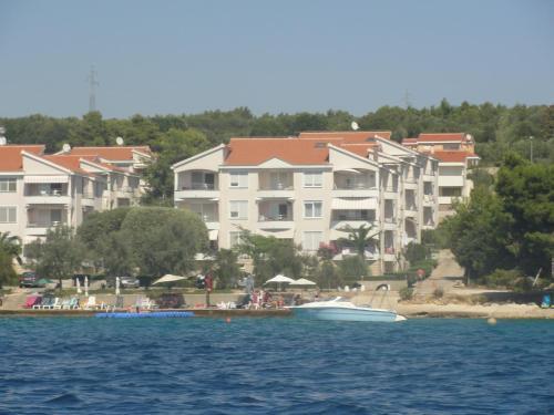 . Apartments JayZarium