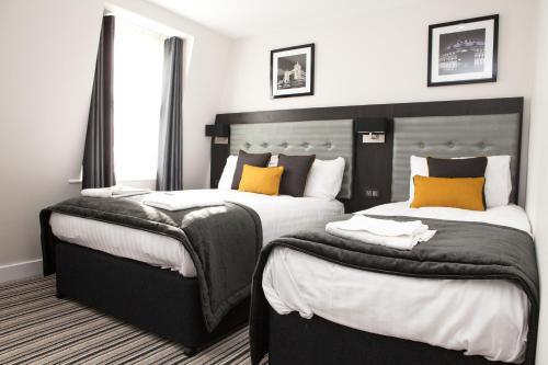 The Tudor Inn Hotel picture 1 of 50