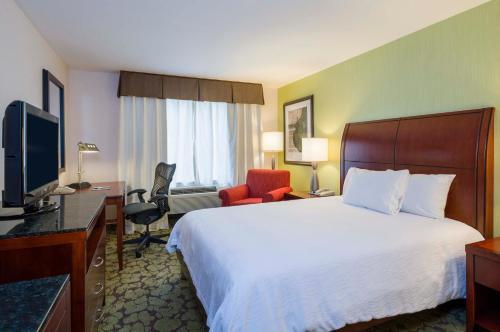 Hilton Garden Inn Queens/JFK - image 11