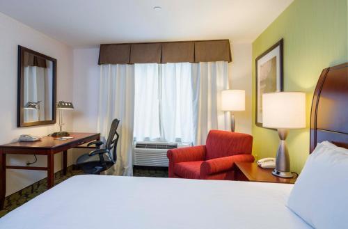 Hilton Garden Inn Queens/JFK - image 5