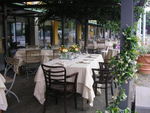 Largo Piero Calamandrei, 43121 Parma PR, Italy.