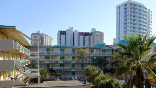 Seaside Inn & Suites - Clearwater Beach, FL 33767