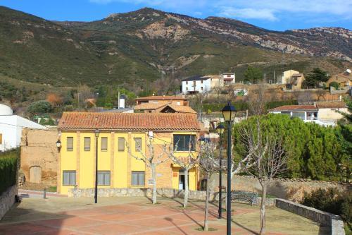 Apartamentos La Escueleta - Apartment - Nueno