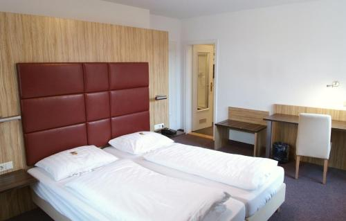 . Hotel & Gasthaus Backmulde