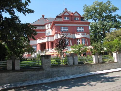 Hotel Villa - image 5