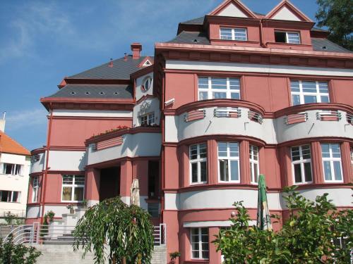 Hotel Villa - image 7