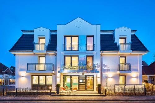 """. Bernstein Hotel """"50`s Seaside Motel"""""""