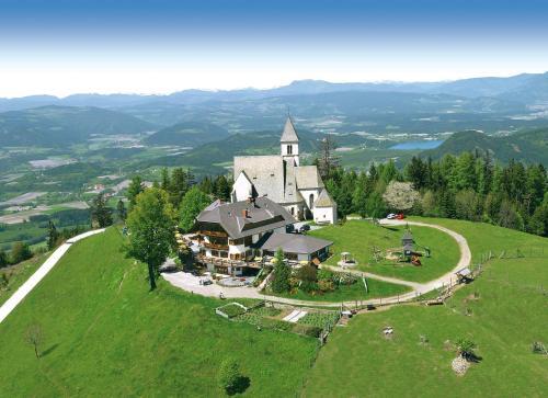Фото отеля Gipfelhaus Magdalensberg Familie Skorianz