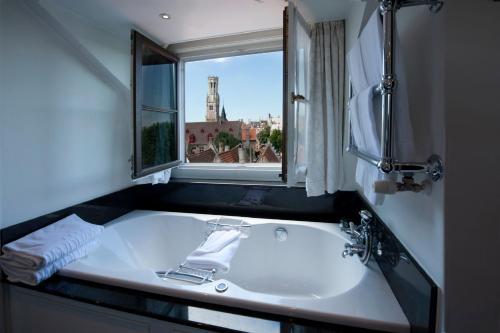 Pandreitje 16, Bruges, 8000, Belgium.
