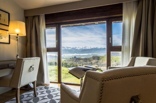 Puebloastur Eco Resort Wellness - Hotel - Cofiño