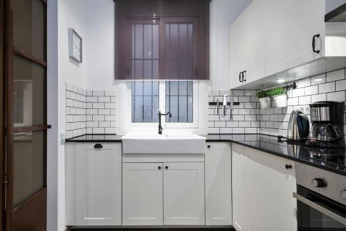 Midtown Luxury Apartments photo 22