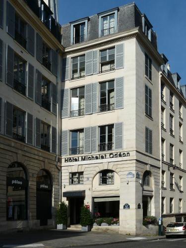 6, Place de l'Odéon 75006 Paris, France.
