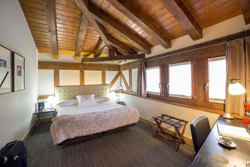 Habitación Doble - 1 o 2 camas - Ático Hotel Dolarea 12