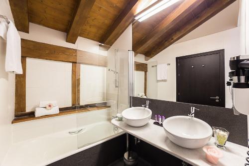 Superior Doppel- oder Zweibettzimmer - Einzelnutzung Hotel Dolarea 3