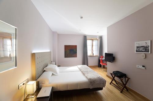 Standard Doppel- oder Zweibettzimmer - Einzelnutzung Hotel Dolarea 2
