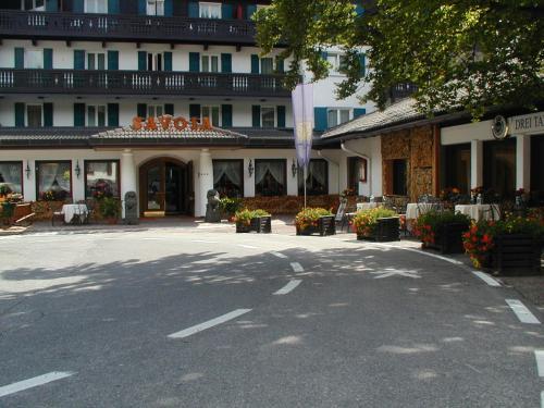 Hotel Savoia dal 1924 - San Martino di Castrozza