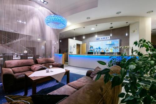 . Hotel Nowy Dwór