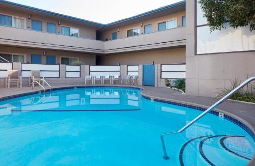 Azul Inn West Los Angeles - Century City - Los Angeles, CA 90025