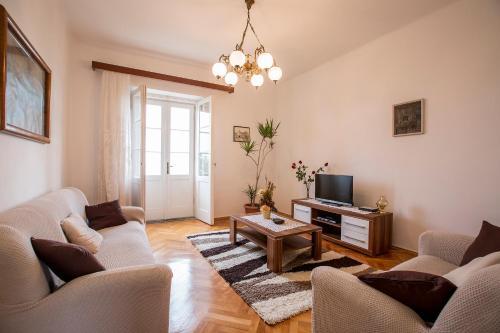 Фото отеля Apartment Bacvice Mario