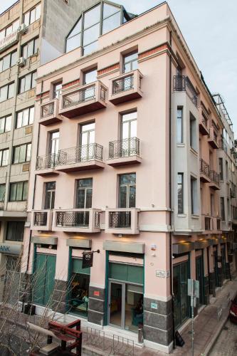 Rempelou 1, 54631, Thessaloniki, Greece.