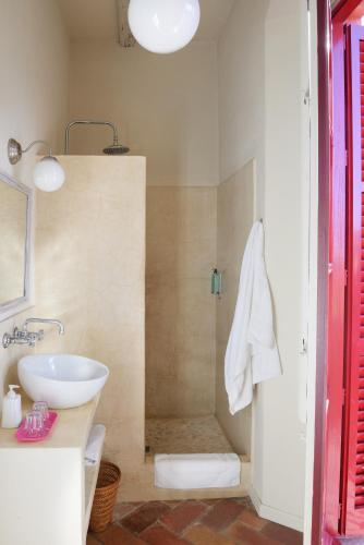Superior Double Room Aiguaclara 16