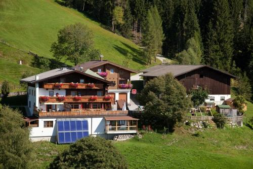 Фото отеля Berggasthof-Ferienbauernhof Habersatt
