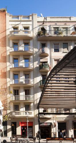 Enjoybcn Gaudi Apartments photo 17