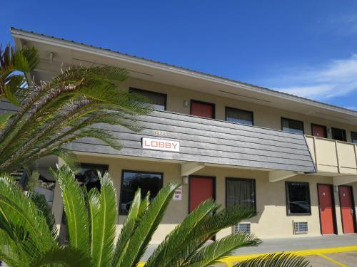 . Executive Inn - Panama City Beach
