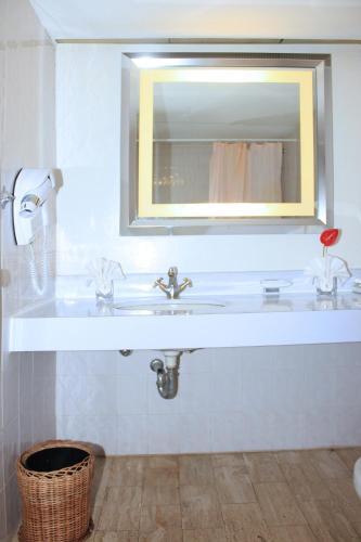 Фото отеля Hotel Mont Febe