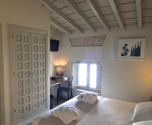Double Room - single occupancy Hotel Boutique Casas de Santa Cruz 49