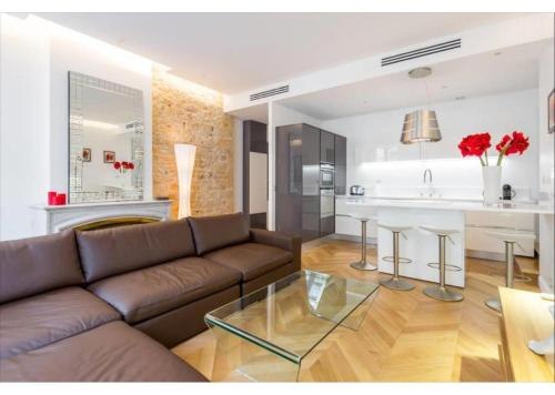 . Appartement de luxe Place Bellecour
