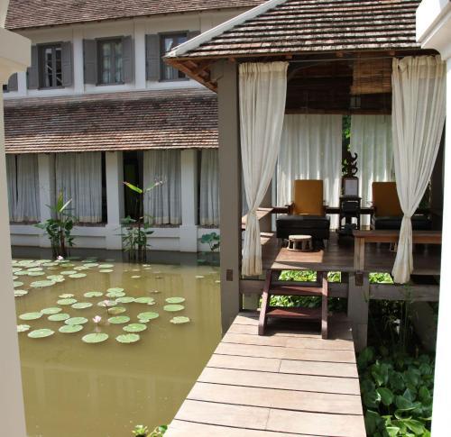 057 Phothisarath Rd, Ban That Luang, Luang Prabang, Laos.