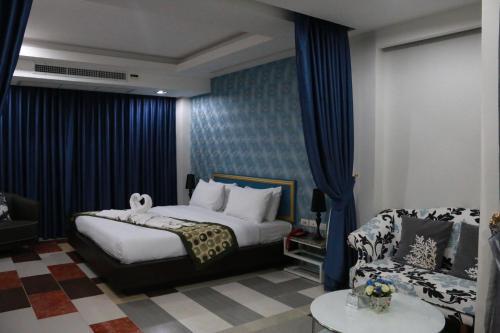 Pratunam Casa Hotel photo 20