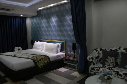Pratunam Casa Hotel photo 22