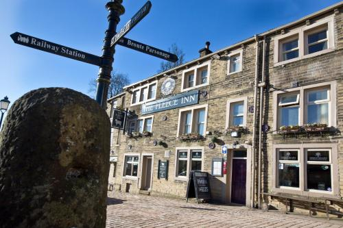 . The Fleece Inn