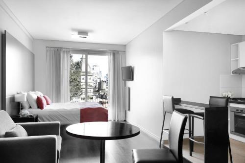 Cyan Recoleta Suites photo 3