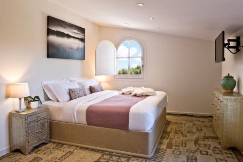 Habitación Doble Superior con balcón Boutique Hotel Can Pico 2
