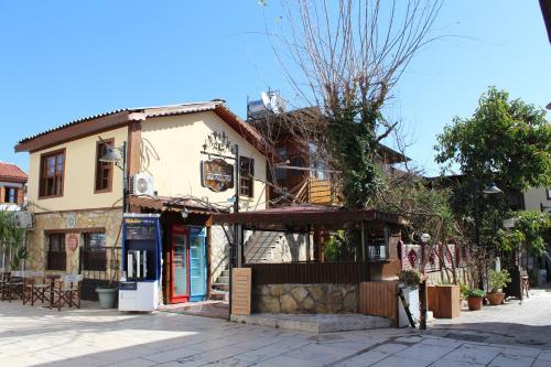 Antalya Lazer Pension indirim