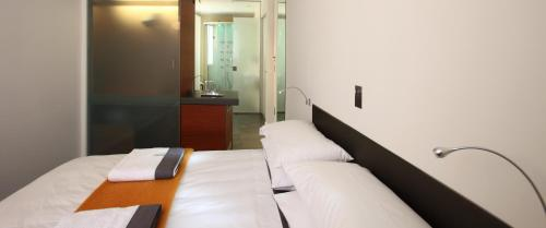 Bilik Deluxe Double dengan Pemandangan Bandar (Deluxe Double Room with City View)