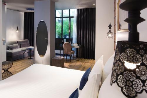 Hotel Mademoiselle photo 18