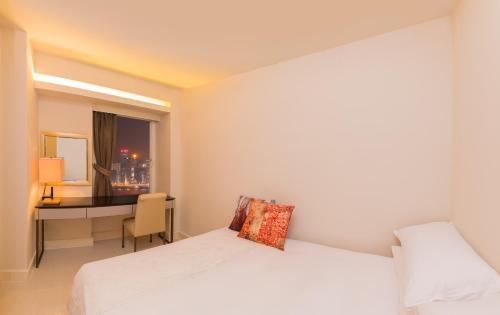 Kowloon Harbourfront Hotel photo 50