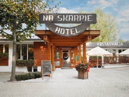 . Hotel Na Skarpie - Charzykowy