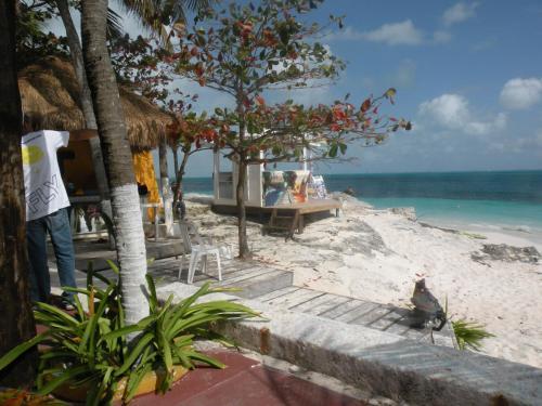 HotelCancun Beach Hideaway