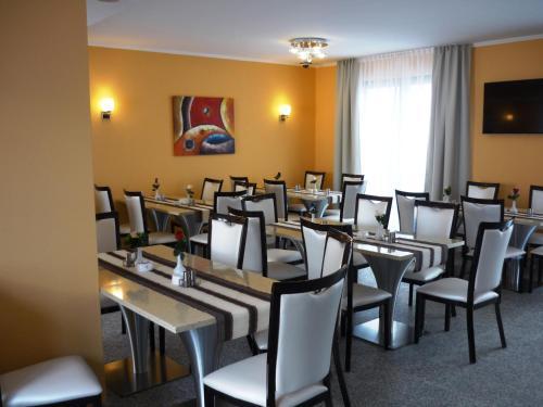 Naam Apartment Frankfurt Hotel City-Airport photo 11