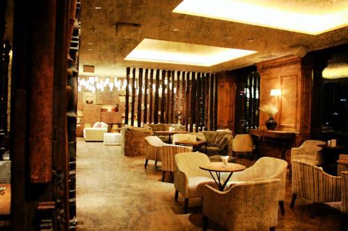 76 - 78 Nguyen Thi Minh Khai, Dist.3 70000 Ho Chi Minh City, Vietnam.