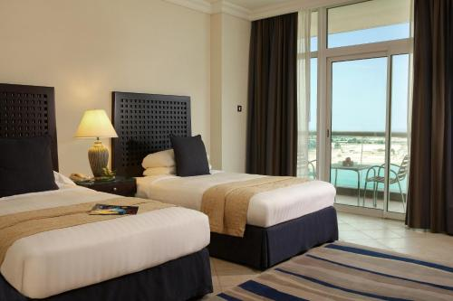 Beach Rotana – All Suites photo 3
