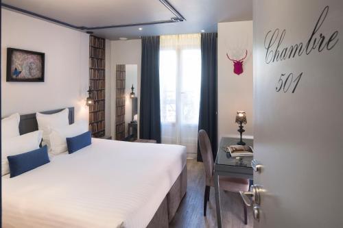 Hotel Mademoiselle Двухместный номер Делюкс с 1 кроватью или 2 отдельными кроватями