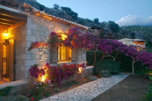 . Kripia Holiday Villas