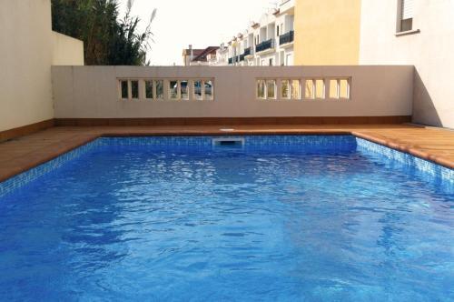 . Baleal Poolside Apartment Peniche